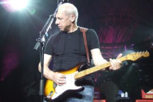 Mark-Knopfler-mediator-strat-1954